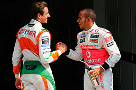 Adrian Sutil, Lewis Hamilton