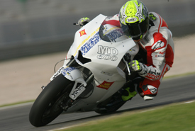Toni Elias tests the Moriwaki Moto2 bike