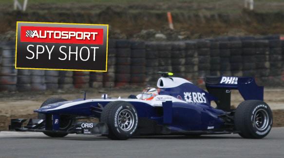 EXCLUSIVE: Williams FW32 Shakedown
