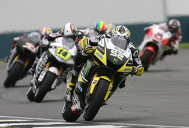 James Toseland, Tech 3 Yamaha, leads Randy de Puniet, LCR Honda, at Donington Park 2009