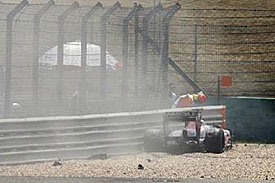 Sebastien Buemi's crash, China free practice, 2010