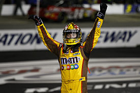 Winner Kyle Busch, Richmond, 2010