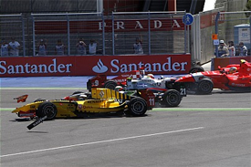 Valencia GP2 first corner crash