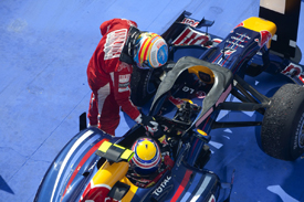 Fernando Alonso and Mark Webber in Hungary parc ferme