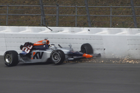 Mario Moraes crashes at Motegi