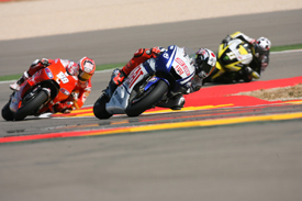 Jorge Lorenzo leads Nicky Hayden and Ben Spies at Aragon