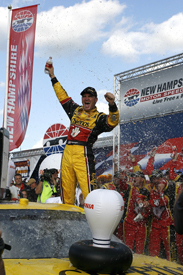 Clint Bowyer wins at Loudon