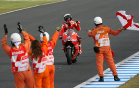 Casey Stoner wins at Motegi