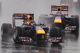 Sebastian Vettel leads Mark Webber in Korea