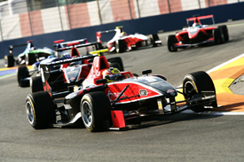 Rio Haryanto leads a GP3 pack in Valencia in 2010