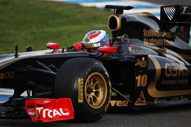 Vitaly Petrov, Renault, Jerez testing