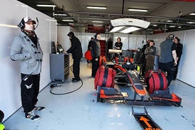 Tonio Liuzzi in the Hispania garage