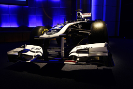 2011 Williams FW33 livery launch