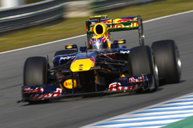Mark Webber activates Red Bull's moveable wing at Jerez