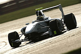 Chaves tops Silverstone testing