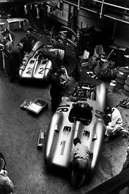 -Formula 1 - Season 2011 - 1302797652