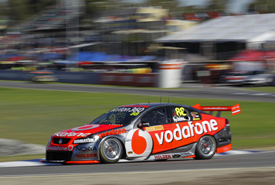 Jamie Whincup, Triple 8 Holden, Barbagallo 2011