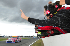 Jason Bright wins at Winton