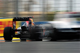 FIA to experiment with double DRS zone