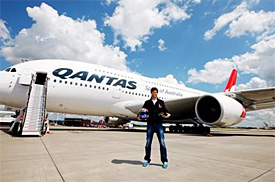 Qantas to help Webber learn to fly