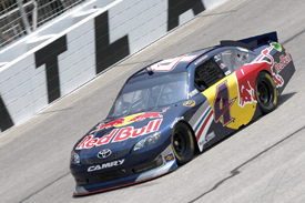 Kasey Kahne, Red Bull Toyota, Atlanta 2011