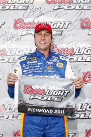 David Reutimann takes Richmond pole