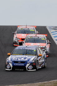 Shane van Gisbergen, Stone Brothers Ford, leads at Phillip Island