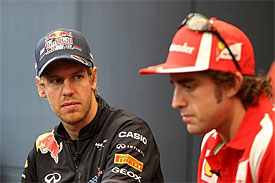 Alonso: Vettel driving fantastically