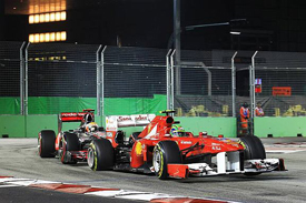 Felipe Massa and Lewis Hamilton collide in Singapore