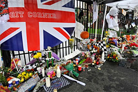 Wheldon family reveals funeral date