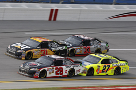 Tandem drafting at Talladega