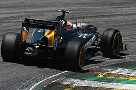 Jarno Trulli, Lotus, Brazil 2011