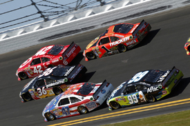 NASCAR tandem drafting at Daytona