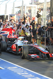 Jenson Button wins in Melbourne