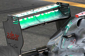 Mercedes controversial F-duct is allegedly centred on its rear wing endplates