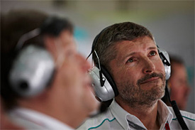 Mercedes urges CVC to speed up F1 deal