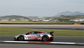 Hexis McLaren completes Navarra double