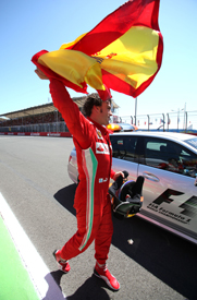 Fernando Alonso wins in Valencia