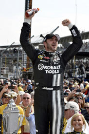 Jimmie Johnson wins at Indianapolis