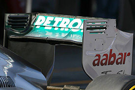 Mercedes DRS wing