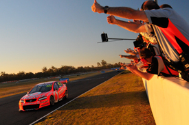 Craig Lowndes wins at Queensland