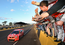 Jamie Whincup wins at Eastern Creek