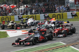 Lewis Hamilton leads Monza start