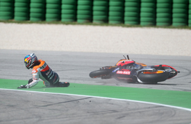 Dani Pedrosa crashes at Misano