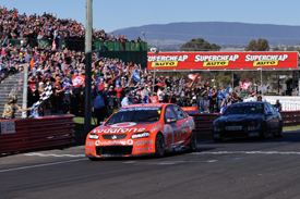 Jamie Whincup wins at Bathurst