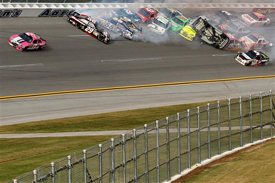 Matt Kenseth leads as crash unfolds, Talladega 2012