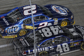 Jimmie Johnson leads Brad Keselowski at Texas