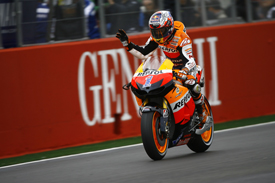 Casey Stoner finishes third at Valencia, MotoGP 2012