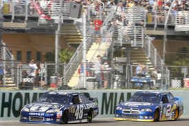 Jimmie Johnson leads Brad Keselowski at Homestead