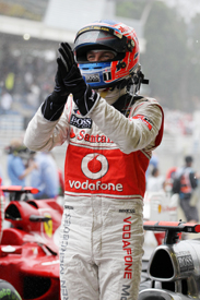 Jenson Button wins at Interlagos